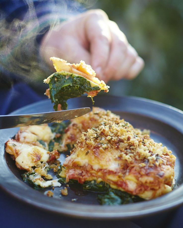 Oh duck! This lasagne is something else!  As seen on @Channel4's Jamie's Comfort Food. https://t.co/ITgR1xJnXZ
