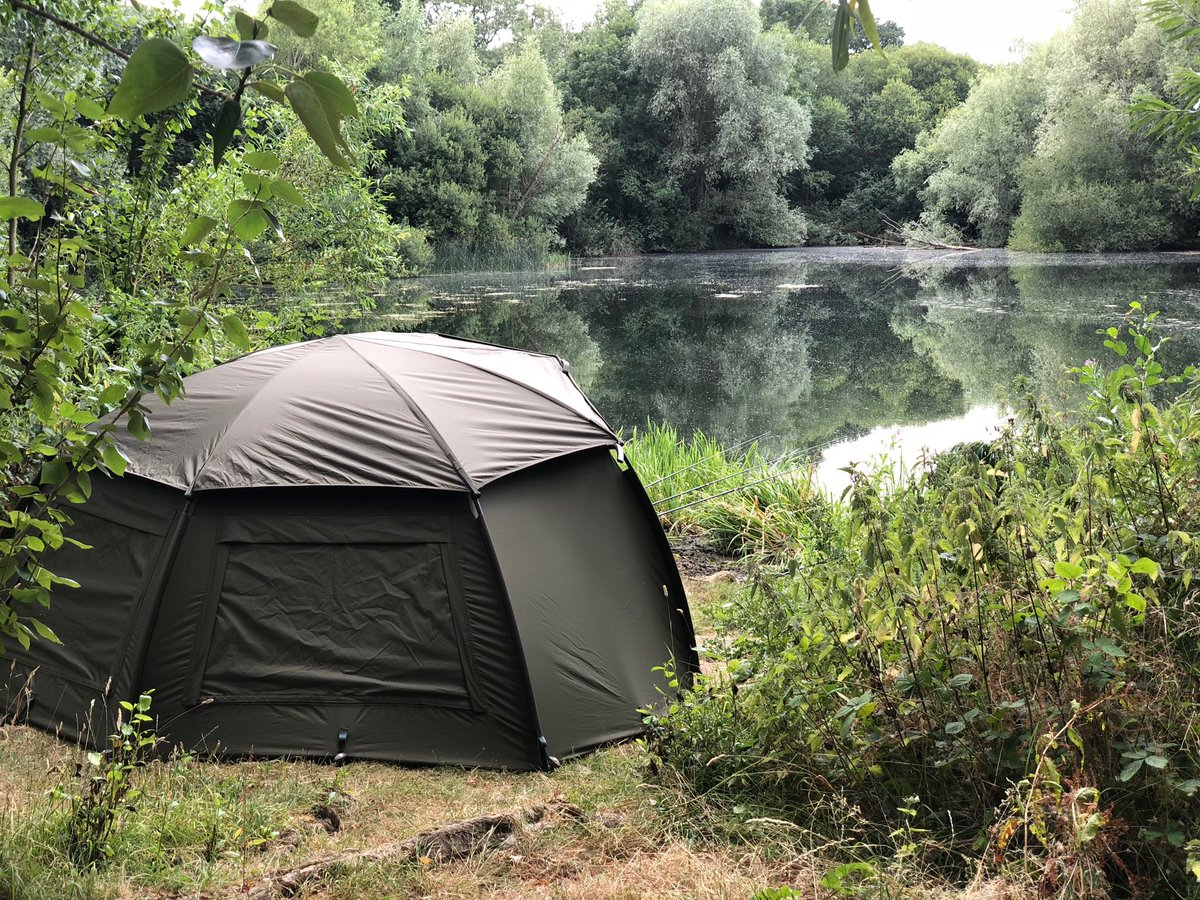 ⁦@Trakker_Carp⁩ just a Tempest doing what a Tempest does #Tempest #Trakker #carpfishing https://