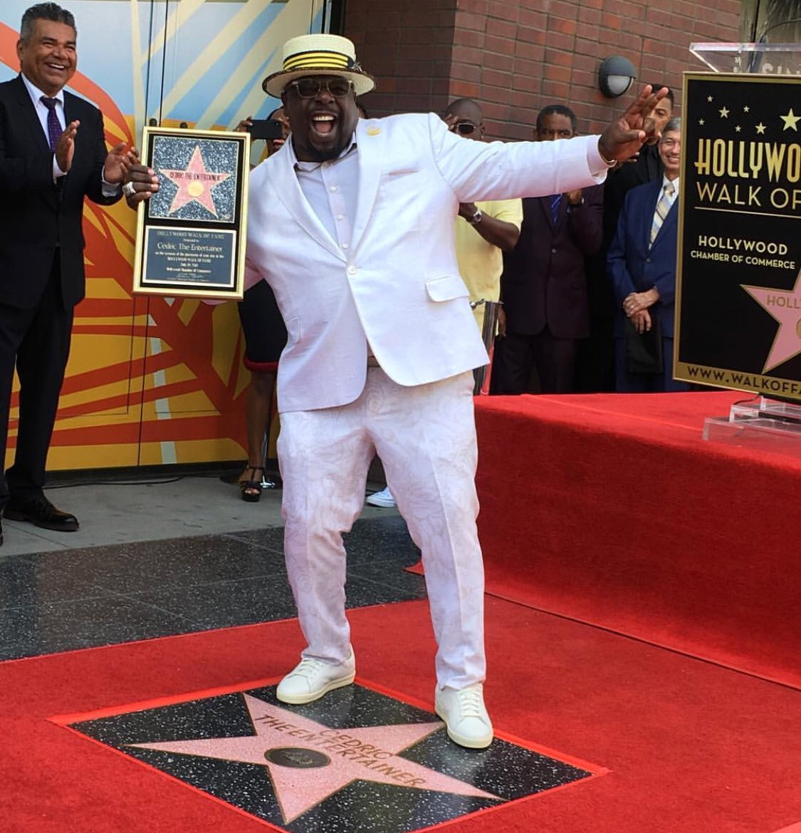 test Twitter Media - It's official! Congrats to my brotha @CedEntertainer who got his well deserved #Hollywood star! Nothin he can't do! Proud of you man! #HollywoodWalkOfFame https://t.co/phXwZvRuSv