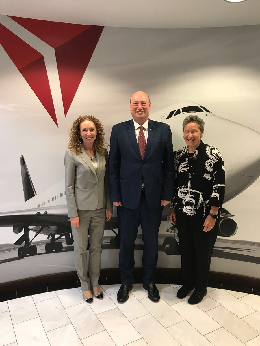 """test Twitter Media - """"The #EU-#US open skies agreement is one of the greatest assets of the transatlantic relationship. We discussed with @Delta Senior VP Heather Wyngate that we need to preserve and deepen it. EU and US must continue to lead in global aviation"""". -DG Hololei https://t.co/ciivf7Owk9"""