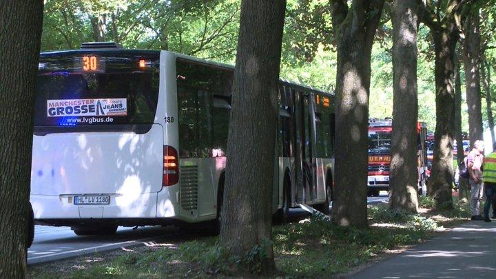 @BroadcastImagem: Ataque a faca em ônibus na Alemanha deixa 14 feridos. TNN/AP
