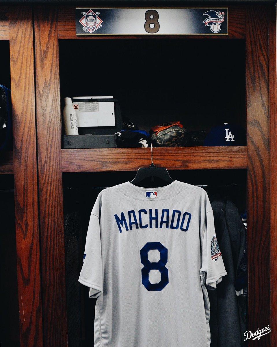 RT @Dodgers: No. 8, Manny Machado. #Dodgers https://t.co/BVnwYcmv3A