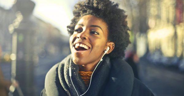 Las mejores apps para descubrir música https://t.co/S4QceRwlW9 https://t.co/S7DC98Jr4W