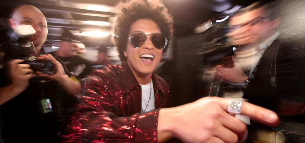 test Twitter Media - Bruno Mars earned $100M in the past year without a manager https://t.co/ZKIOCDsvCP #Celeb100 https://t.co/UkyQsrzeoK