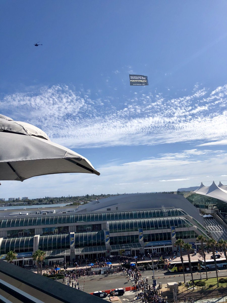 RT @Mattney: Look what's circling the convention center!  View from the @EW studio.  #TimelessSDCC @jmgrazela ???? https://t.co/4V15qsg0JN