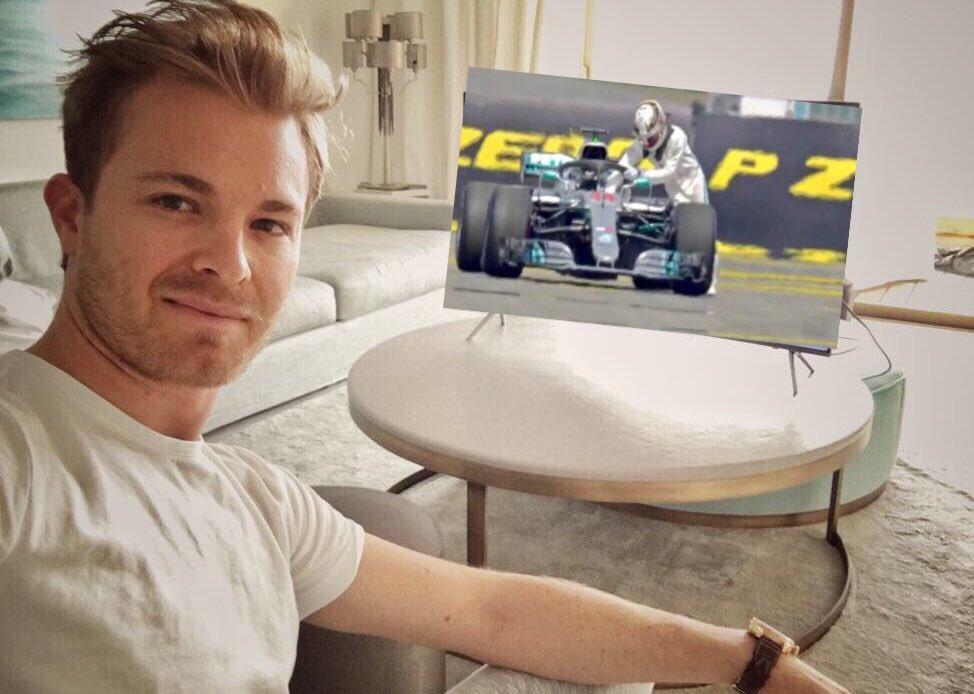 RT @fsm67: Rosberg disfrutando de la clasificación de ayer  #ALEmovistarF1  #GermanyGp https://t.co/A0ibhHljSj