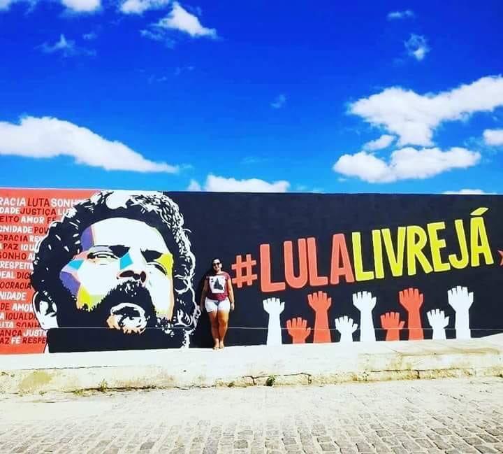 RT @LulaOficial: Quixeramobim, Ceará.  #LulaLivre  Foto: Isabelle Azevedo https://t.co/WZ3rx0TFcP