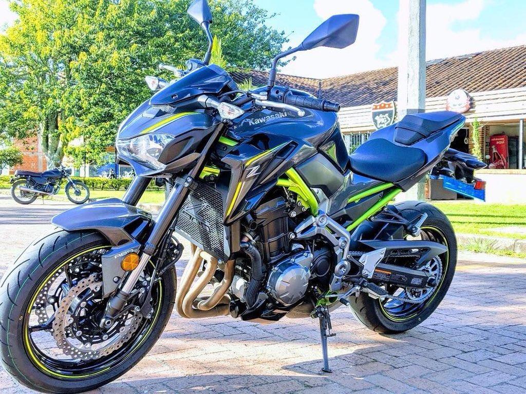 Blue OES Frame Sliders and Swingarm Spools 2018 2019 Kawasaki Z900RS