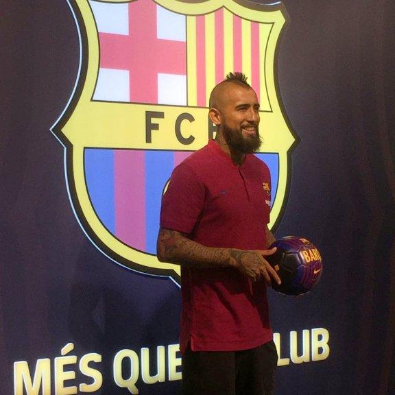 RT @FCBarcelona: ???? Camp Nou & @kingarturo23 ???????? https://t.co/trpsQqn6aQ