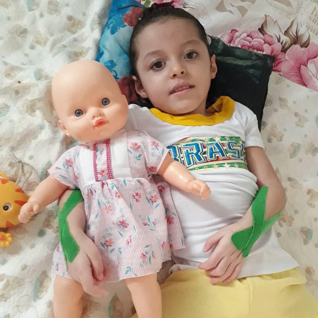 Essa princesa tem 3 aninhos e precisa muito da ajuda de todos! Clique no link https://t.co/hQ9GV0mIDQ ???????? https://t.co/wocOs0BGZ9