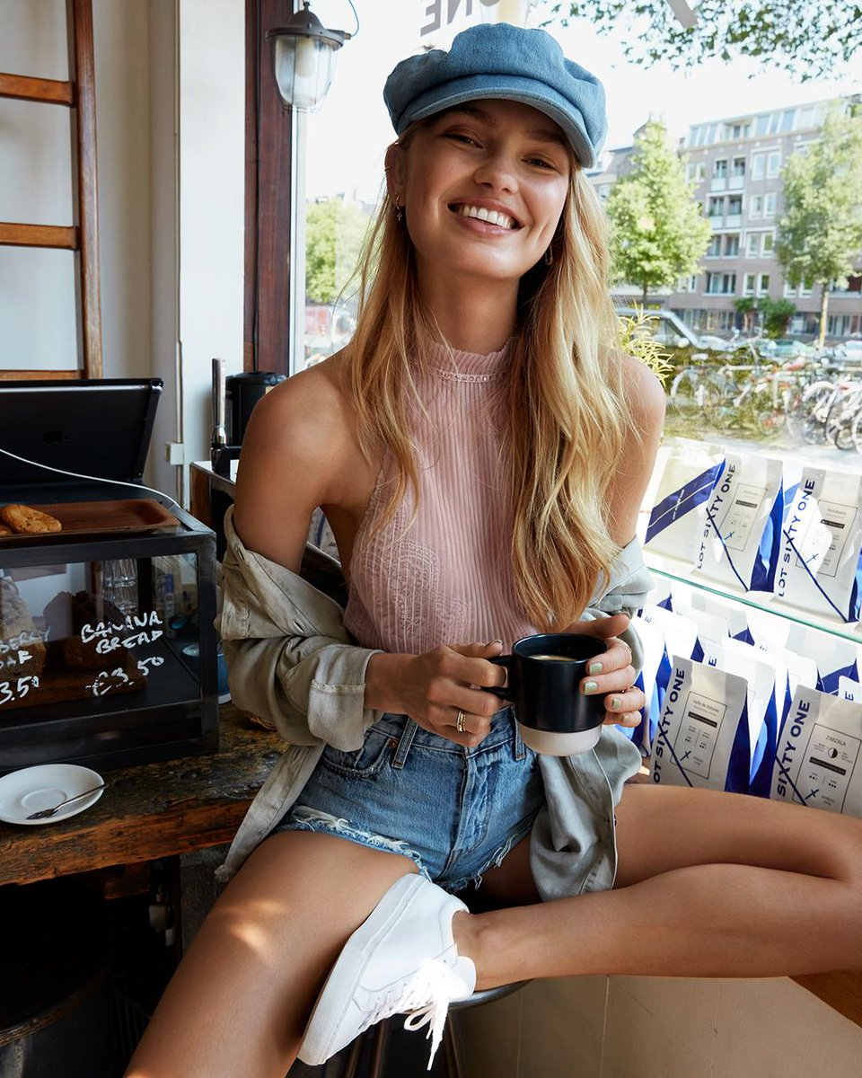 Hallo from #Amsterdam! Follow Romee (and see what she's wearing!) on her hometown adventure. https://t.co/n6EBT80dx2 https://t.co/sr3UX9ZR8i