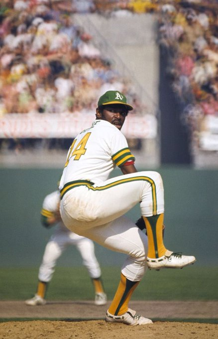 A happy cool ass birthday to the one & only Vida Blue!!!