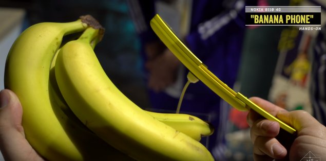 """Remember the old """"banana phone""""? It has made a comeback! #Nokia #Finland..."""
