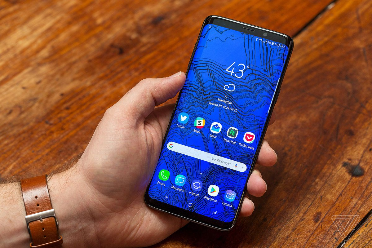 Samsung says the Galaxy S9 isn't selling very well https://t.co/71W6YNIVyT...
