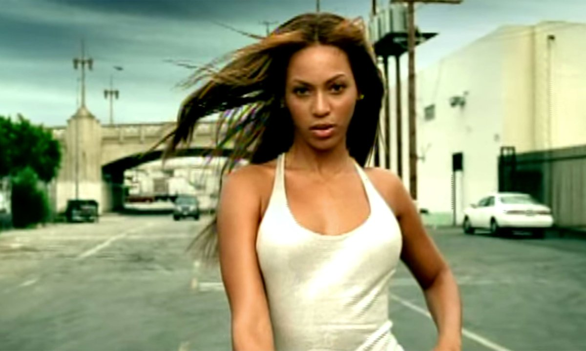 We're taking a look back at the 21 BEST songs of the summer: