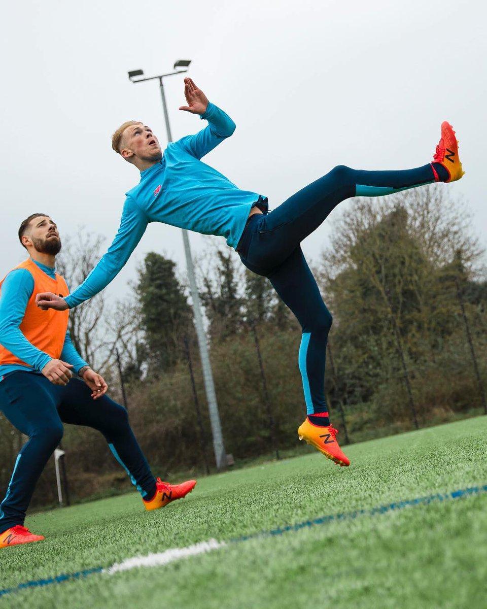 Unleash the 🚲 kick. #Furon #FootbALLorNothing #NBFootball #Football #LSSBooRoom https://t.co/172zzavFeQ