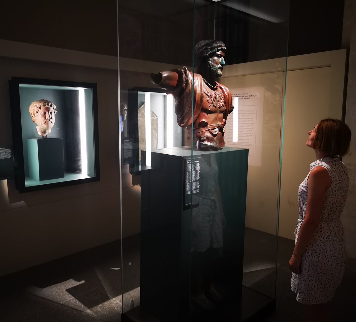 My fourth encounter with the wonderful bronze bust of Hadrian from Tel Shalem, Israel. On loan from the Israel Museum in Jerusalem. #Hadrian1900