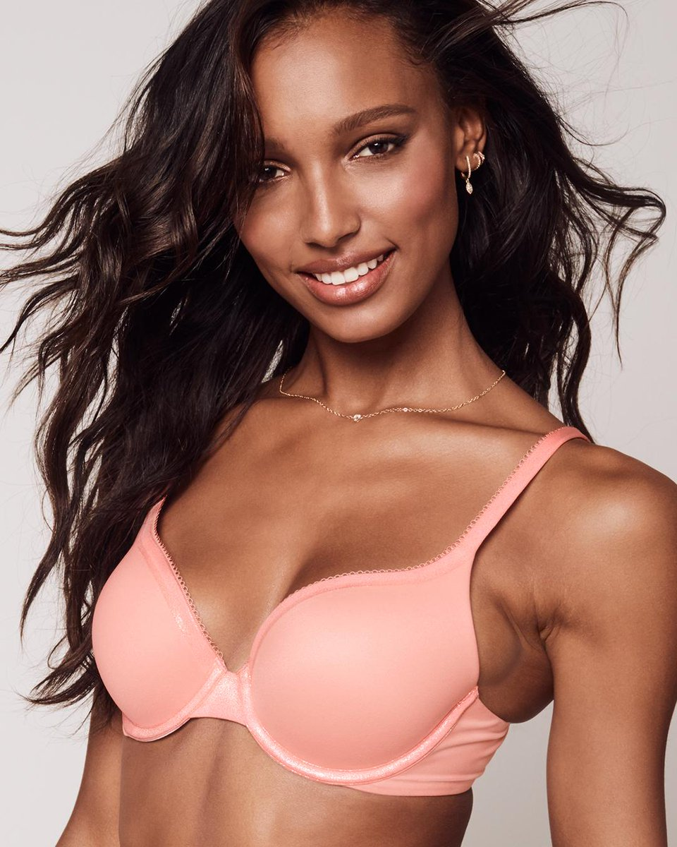 You always shine in Body by Victoria, but now the bras do too. https://t.co/vJpxx4UMHM https://t.co/LqvLTJVJBu