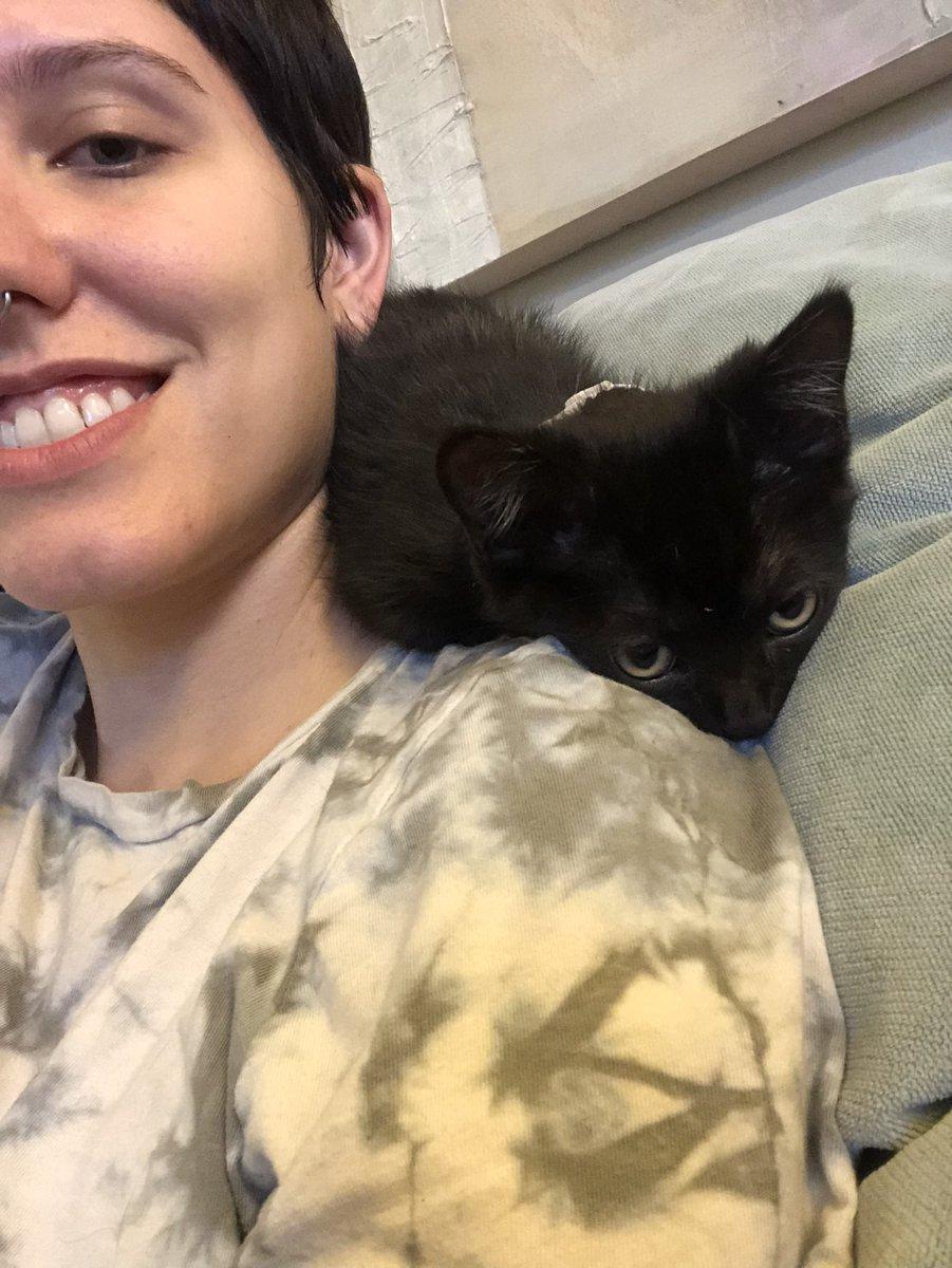 1 pic. Say hello to little Leon! 😊💕 iMjuFlzkeg