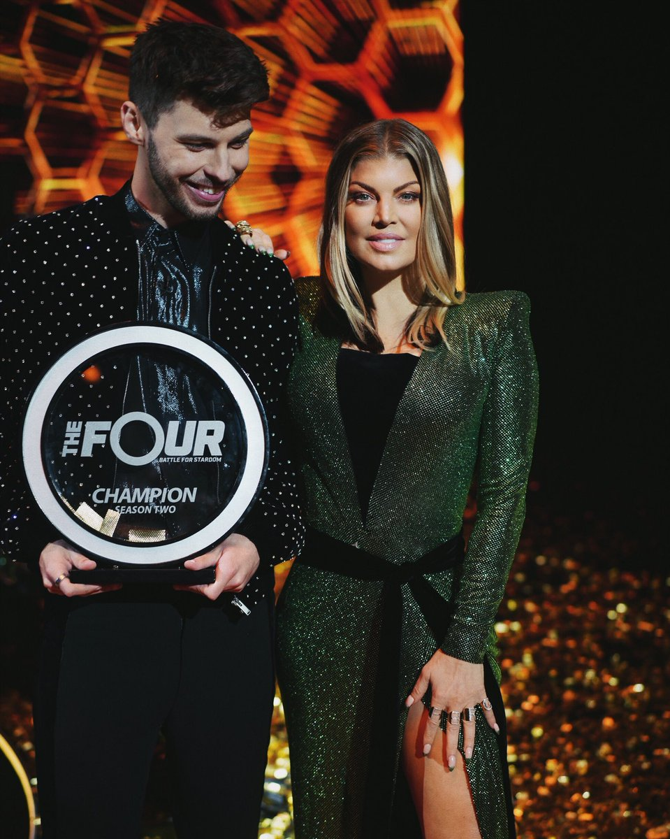 Congratulations @itsjamesgraham !!!! I'm so proud of u, live this moment w pride ???? #thefour https://t.co/ZiWQMqLoJa