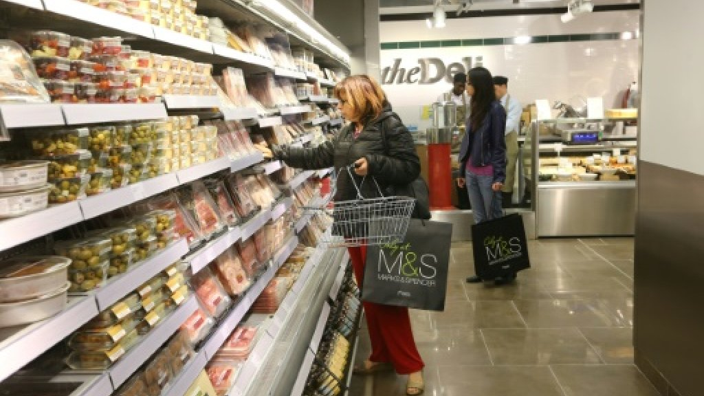Brexit threatens Marks & Spencer sandwiches in France: chairman