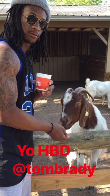 RB Todd Gurley wishes Tom Brady Happy Birthday