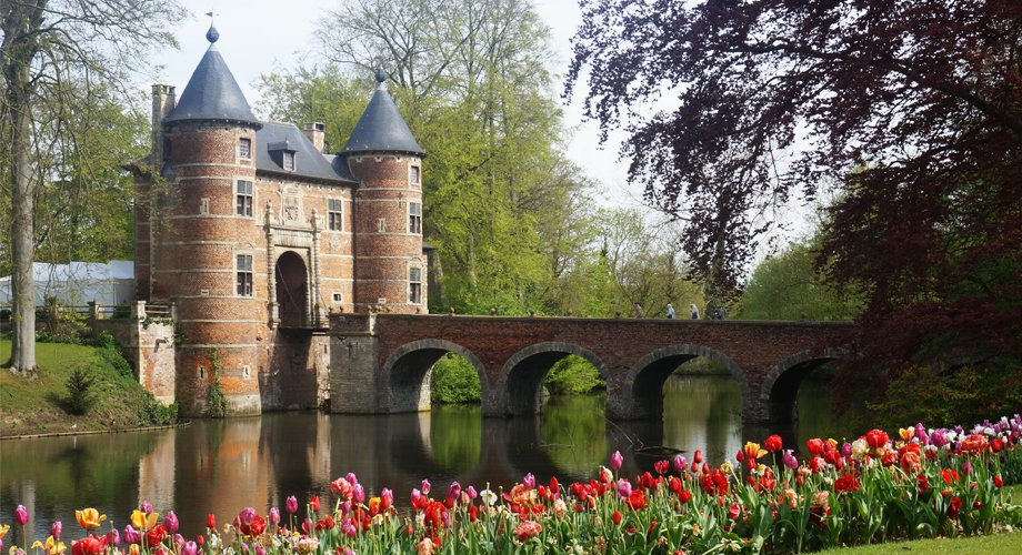 test Twitter Media - In almost every fairytale, there's a castle. Enter Château de Grand-Bigard, a Renaissance castle in Belgium that sits on a lake and is surrounded by a million flowers.  It looks like a setting for a magical story!  Happy #FairyTaleFriday  #fantasyfan #amwritingromance https://t.co/cEPNq1yJon