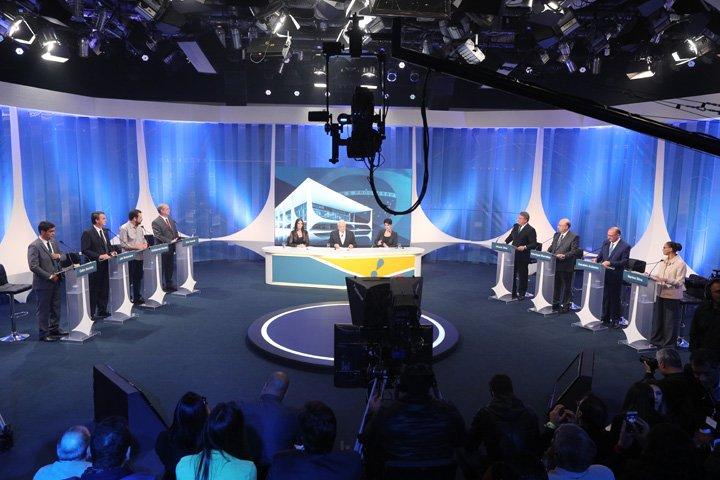 @BroadcastImagem: Candidatos à Presidência participam de debate promovido pela RedeTV!, em Osasco (SP). Daniel Teixeira/Estadão
