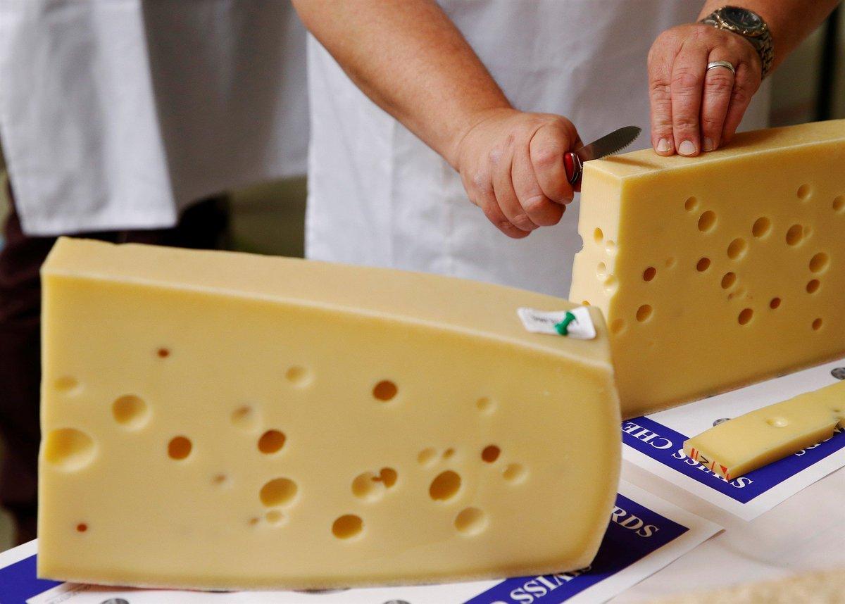 test Twitter Media - Ældgammel og dødsensfarlig: Verdens ældste ost fundet i Egypten https://t.co/t7Fd5WnnEf https://t.co/iOwJ6tFO0k