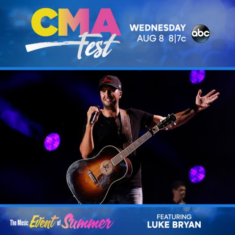 Tonight is #CMAfest at 7pm on ABC 30! Something to get us through Wednesday!  😎🎤 https://t.co/5KBz8FXRUu