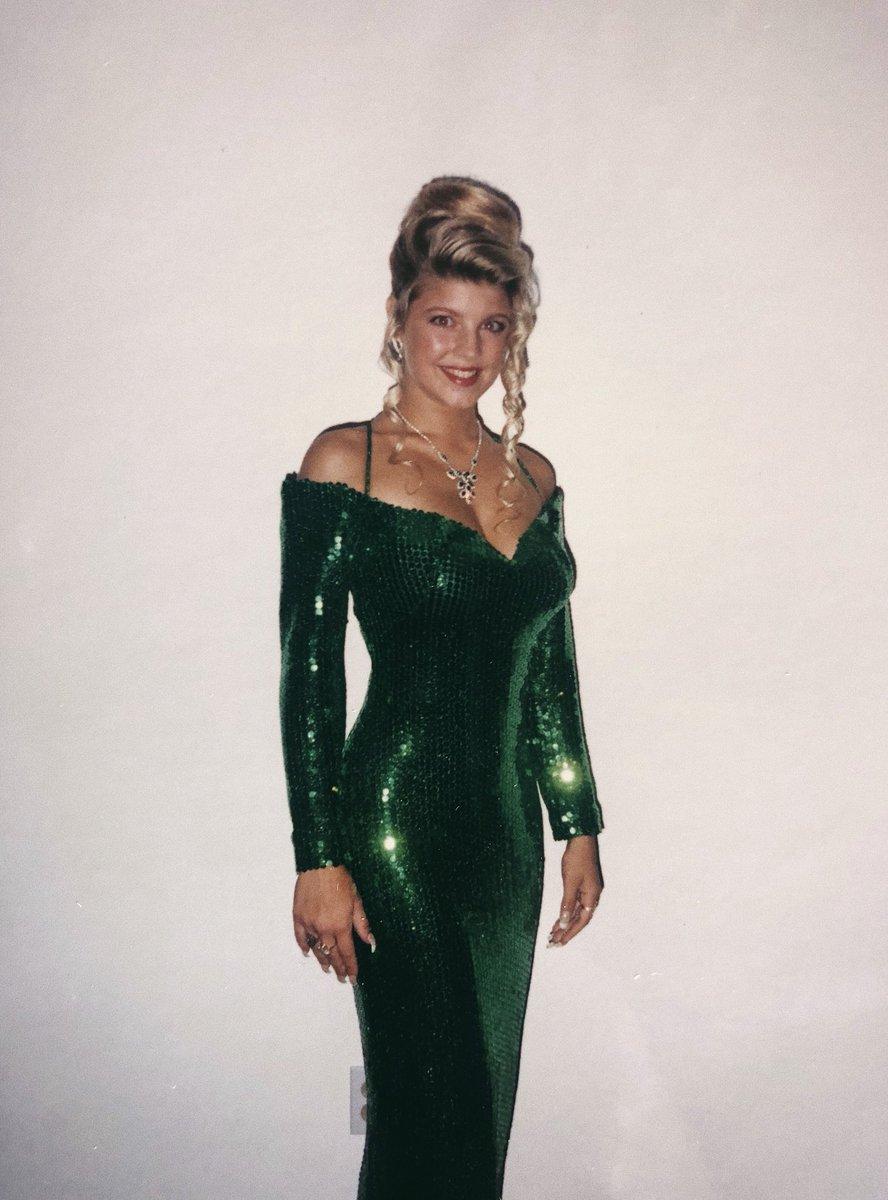 #WaybackWednesday green gleam ❇️❇️from prom time 2 primetime @TheFourOnFOX #heyyyystacy https://t.co/YaYLZ0eUi7