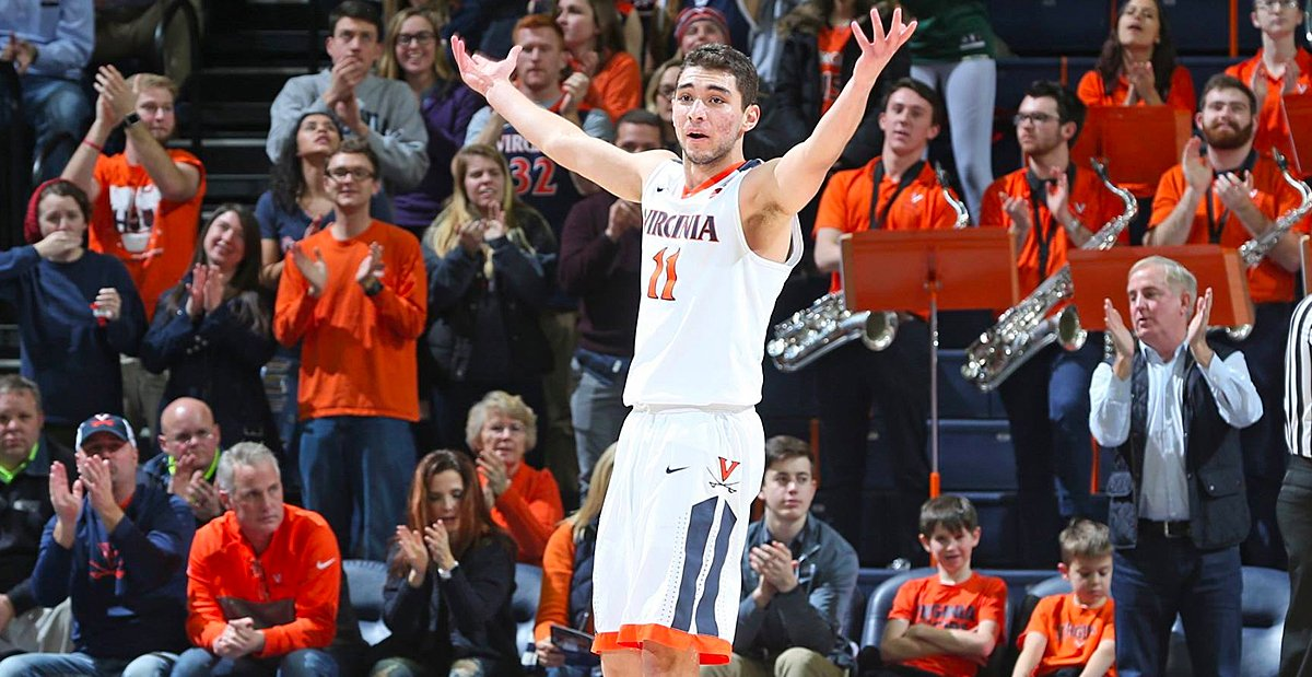 WATCH: #UVA point guard Ty Jerome drops crazy dime to Mamadi Diakite for the alley-oop …  https://t.co/EwHuIfgqel https://t.co/1EP7xp18J6