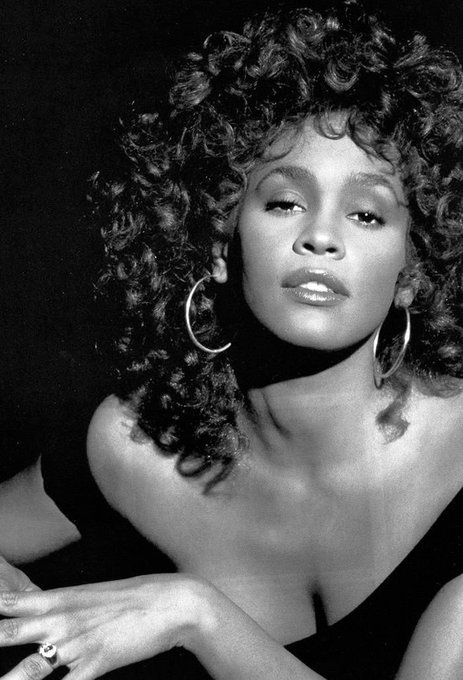 Happy Birthday to the legendary Whitney Houston. Today she would have turned 55.  RIP Queen