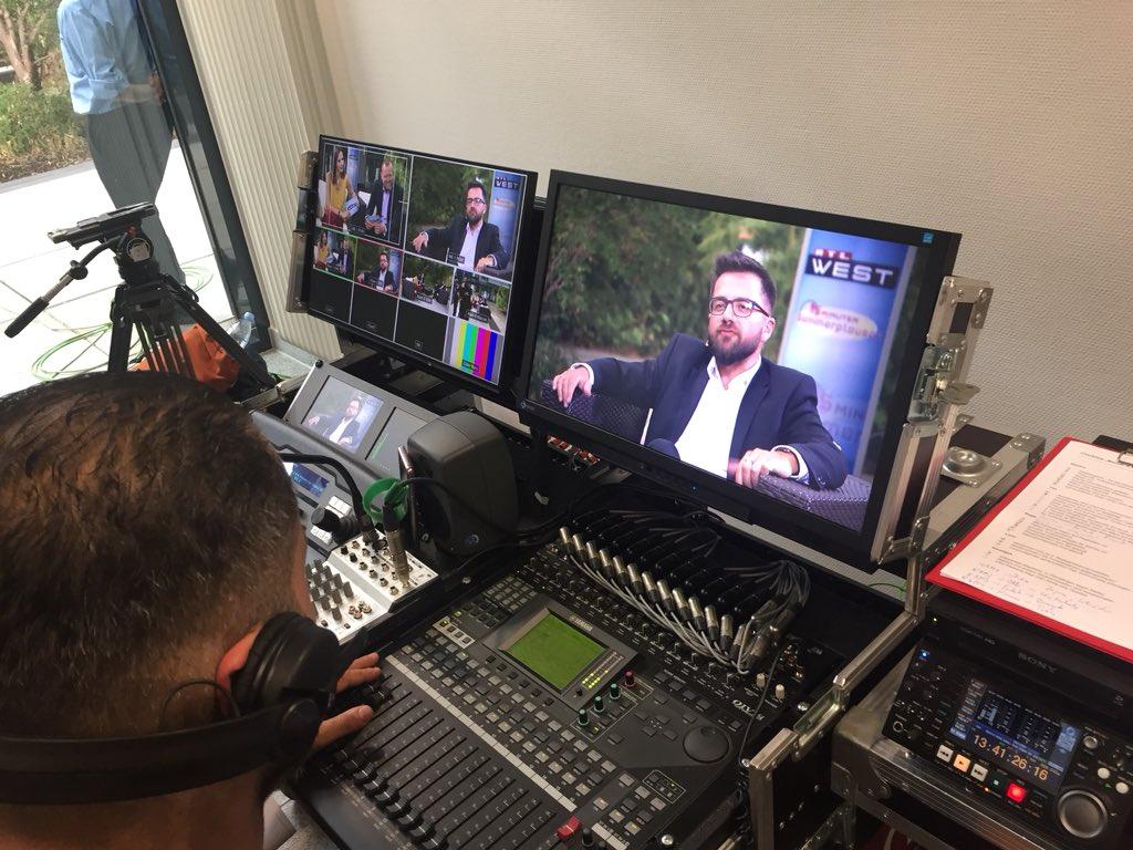 RT @HenningWerle: Aufzeichnung @RTLWEST #Sommerplausch mit @thomaskutschaty. Ausstrahlung heute 18 Uhr. https://t.co/0PY37Lr4iV