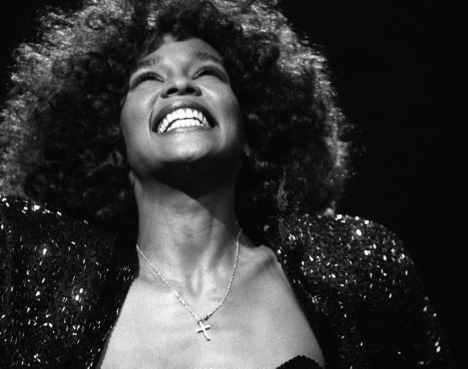 ON-AIR I\m every woman (live in SA) | Whitney Houston | Happy birthday Whitney! We LOVE YOU!