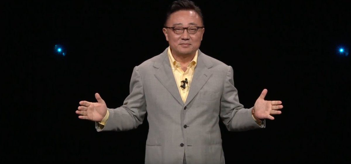 Samsung CEO DJ Koh has taken to the stage for Samsung #Unpacked. Keep it here for all the key take-aways and visuals https://t.co/hs7XfKfVWO
