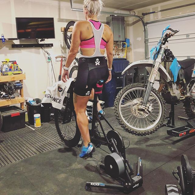 test Twitter Media - Bad air quality and not a lot of time to spare meant waking up while riding the @wahoofitnessofficial kickr in the garage this morning.. feels like forever but guess it is time to get back in the habit 💕🚲 #gozwift #wahookickr #bettydesigns #getitdone https://t.co/5q6nGoDjWr https://t.co/8Q9Q9FO6V0
