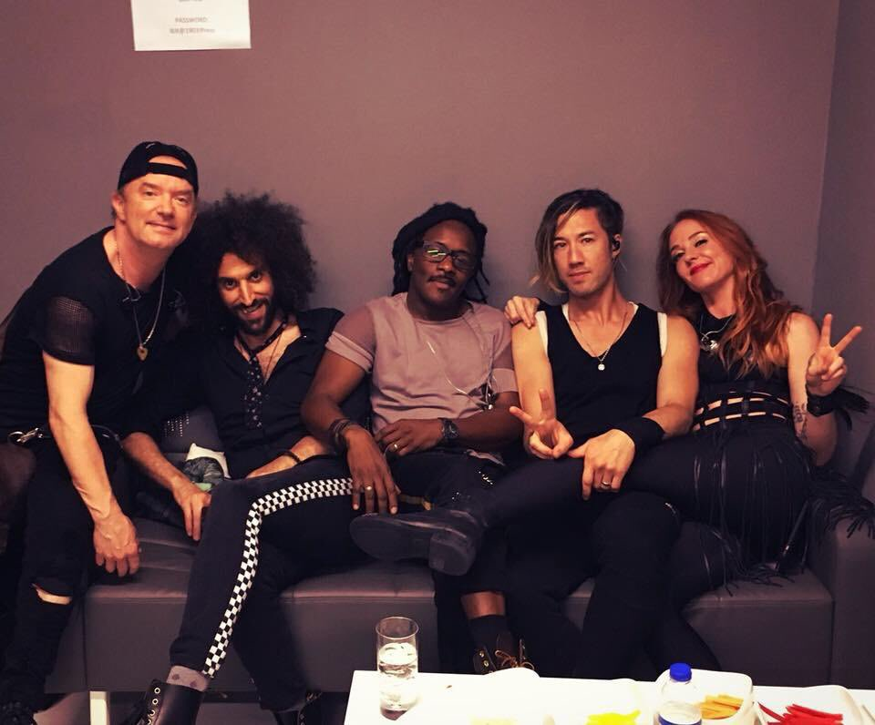 I wonder what lucky artist in the world has a handsome band like this one? Shak https://t.co/FONNC6YocO