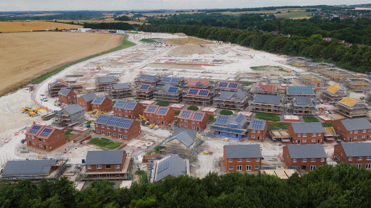 test Twitter Media - With close to 80 timber frames now assembled the @Lovell_SP Bulford project really is moving at a fast pace. The New Energies teams are making excellent progress with 75 #solarPV systems already installed. Meanwhile, our Mechanical & Electrical teams commence works this week! https://t.co/fMJm1b4nDJ
