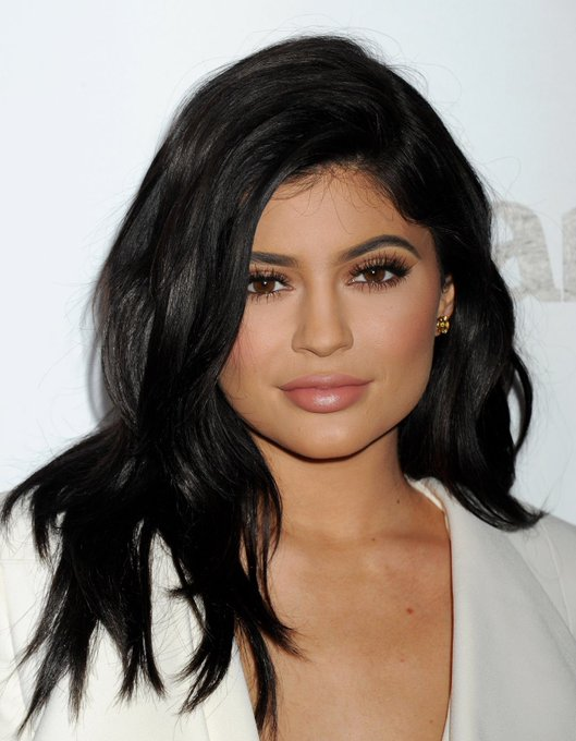 Happy 21th birthday Kylie Jenner