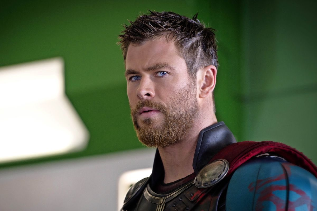 Happy 35th birthday to Chris Hemsworth, the most handsome and muscular man on Earth