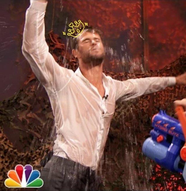 Happy birthday to Chris Hemsworth!!!