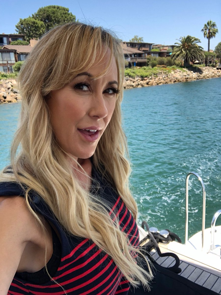 It's hot AF in Cali! But out on the water ... it was actually chilly #BTS #BrandiPics f
