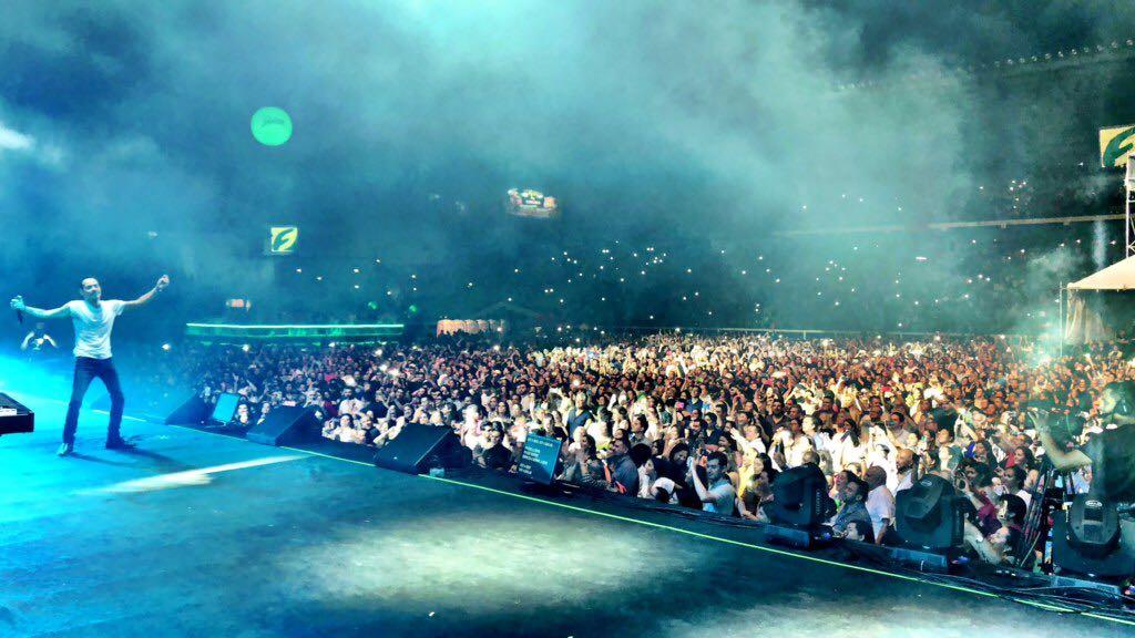 El comienzo de la nueva gira ha sido extraordinario. ¡Gracias! #MiGente de El Salvador https://t.co/BlFvckdBUt