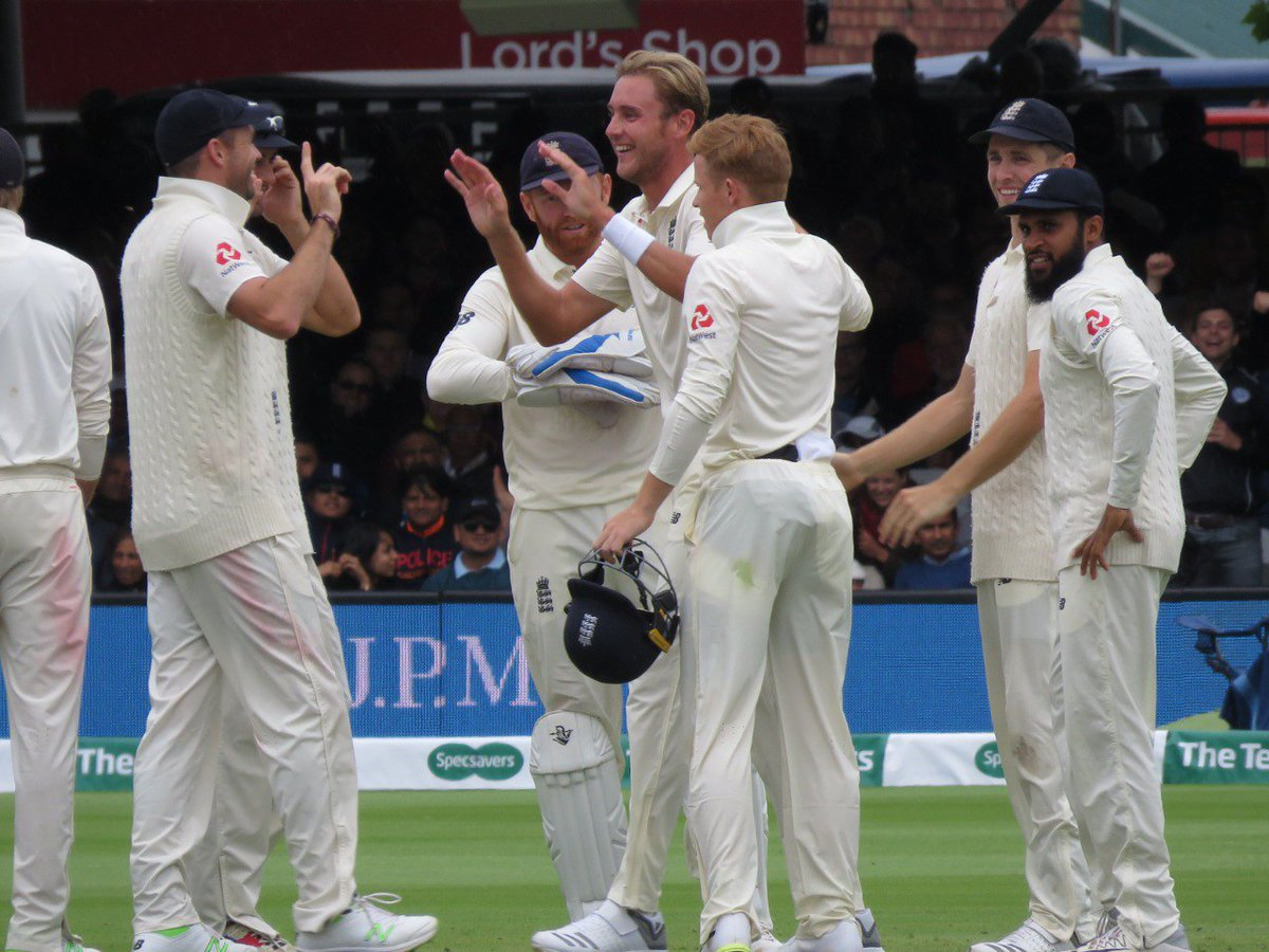England win the 2nd Test by an innings and 159 runs.  They go 2-0 up in the five match series.  #ENGvIND https://t.co/wqw4qXVYpj