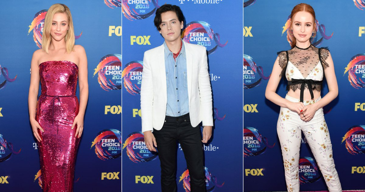 See all the photos from the TeenChoice Awards red carpet: