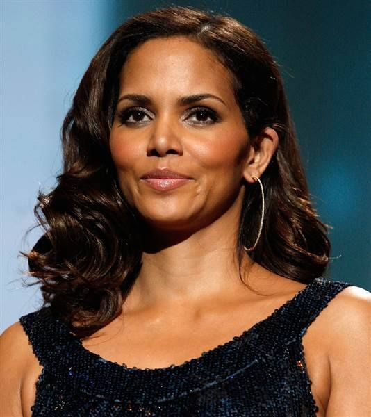 Happy birthday Halle Berry! Hope it\s a wonderful one