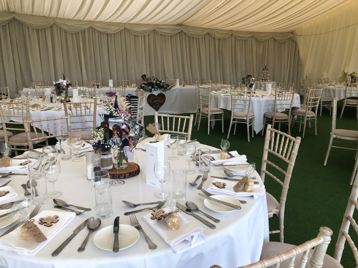 test Twitter Media - WEDDING MANIA👰🤵💍 The first two weeks of August have been Wedding Wonderland for us here at Cottrell Park🌷 On Saturday we had the wonderful Mr & Mrs Davies celebrate their special day with us.💞 Thank you for your lovely feedback, we can't wait to see your professional photos! https://t.co/jj3zsO0PWg