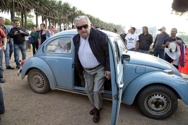 @BroadcastImagem: Mujica renuncia ao cargo de senador. Arquivo: Natacha Pisarenko/AP