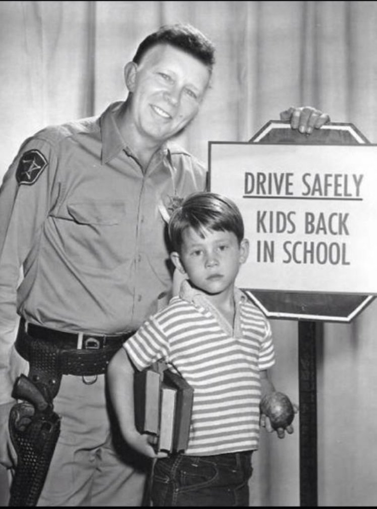 test Twitter Media - Message from @parkvillemo Police Chief Chrisman & Opie: Remember to drive safely - kids are back in school. https://t.co/guuRHK6Lql